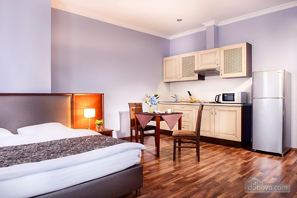 Покращені апартаменти в Києві, 1-кімнатна (89432), 003