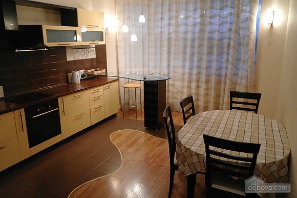 Новый дом на Среднефонтанской, 3х-комнатная (38328), 002