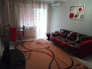 Квартира в самому центрі Миколаєва, 2-кімнатна, 003