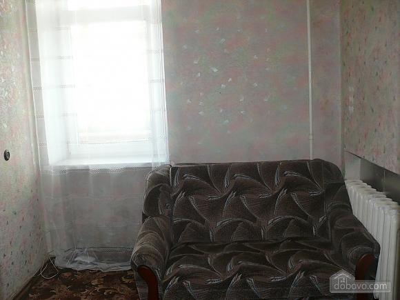 Apartment around the corner from Deribasivska Street, One Bedroom (96900), 006