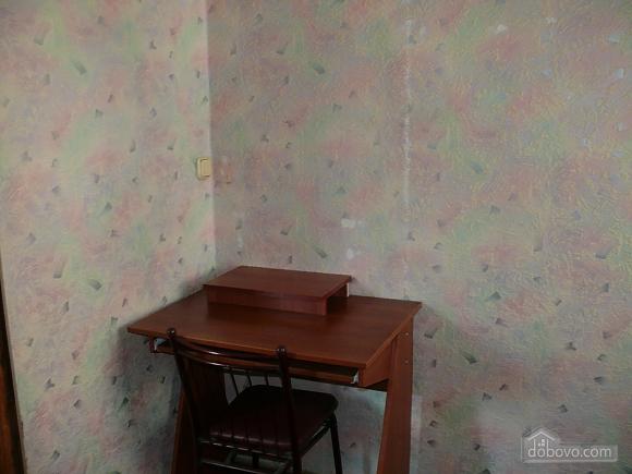 Apartment around the corner from Deribasivska Street, One Bedroom (96900), 007