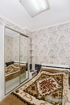 Квартира возле моря, 1-комнатная (88688), 001
