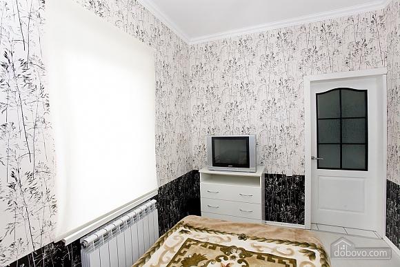 Квартира возле моря, 1-комнатная (88688), 002