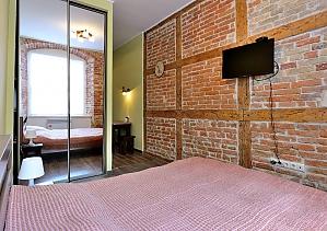 Затишна квартира на площі Ринок, 1-кімнатна, 002