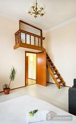 Апартаменти студіо в Києві, 1-кімнатна (81879), 002