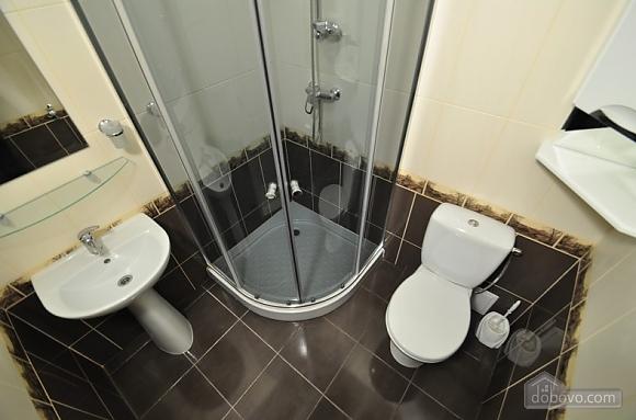 Уютные апартаменты в Киеве с общей кухней и уборной, 1-комнатная (88446), 006