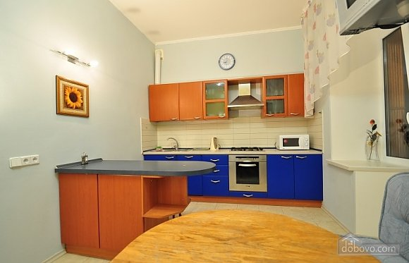 Cosy apartment in Kiev with common kitchen and bathroom, Studio (22269), 005