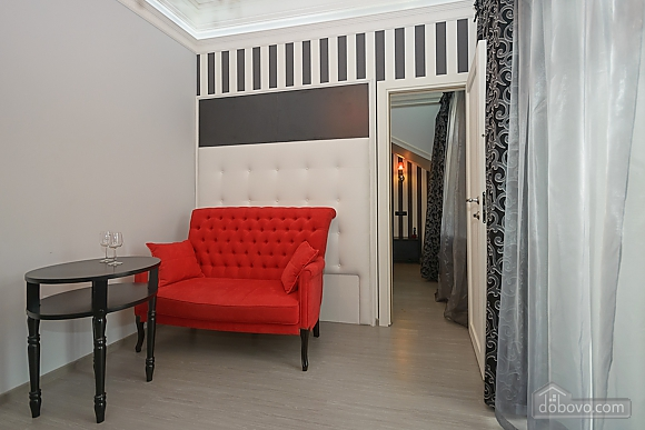 Modern connected apartments in the heart of Kyiv, Two Bedroom (81165), 004