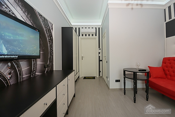 Modern connected apartments in the heart of Kyiv, Two Bedroom (81165), 005