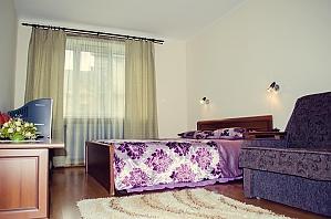 Затишна квартира, 1-кімнатна, 014