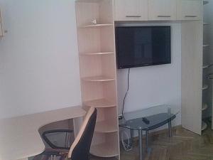 Затишна квартира біля Оперного театру, 1-кімнатна, 010