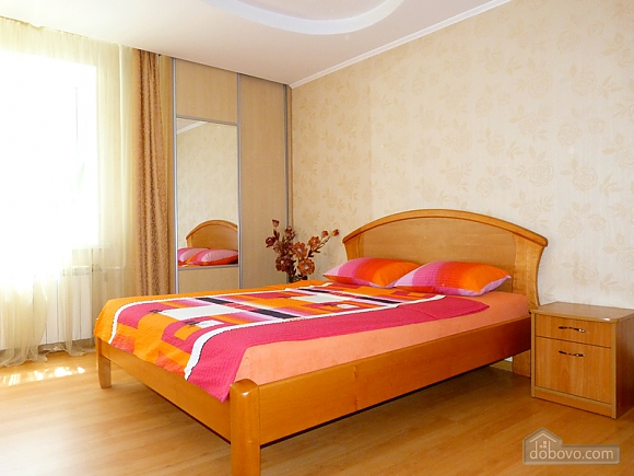 Світла та простора квартира, 1-кімнатна (52215), 001