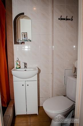 Затишна квартира, 2-кімнатна (36936), 009