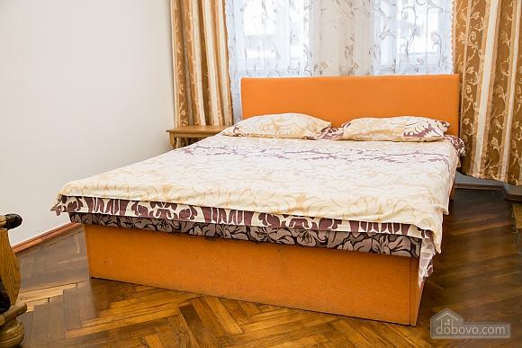 Затишна квартира, 2-кімнатна (36936), 004