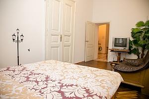 Затишна квартира, 2-кімнатна, 002