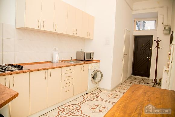 Затишна квартира, 2-кімнатна (36936), 012