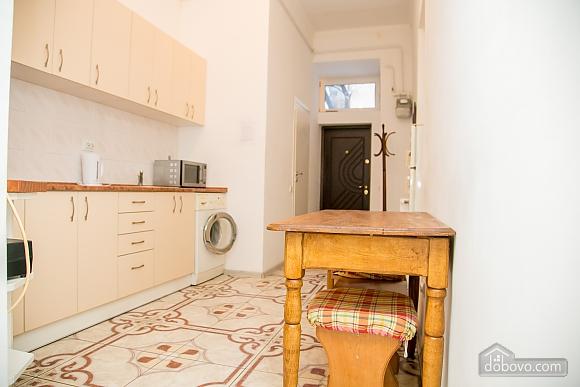 Затишна квартира, 2-кімнатна (36936), 013