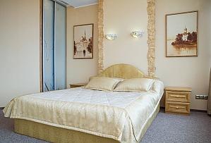 Golden city, Zweizimmerwohnung, 001