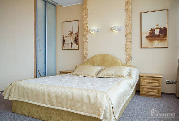 Golden city, Un chambre (23269), 001
