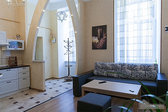 Красива квартира біля Оперного театру, 2-кімнатна (47889), 006