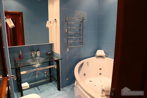 Квартира с видом на Аркадию, 2х-комнатная (99863), 005