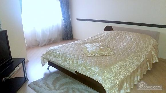 Квартира у новому будинку, 1-кімнатна (35882), 003