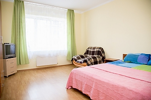 Уютная квартира, 2х-комнатная, 001