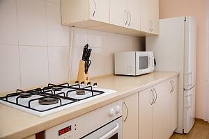 Уютная квартира, 2х-комнатная, 004