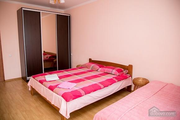 Затишна квартира, 2-кімнатна (26412), 008