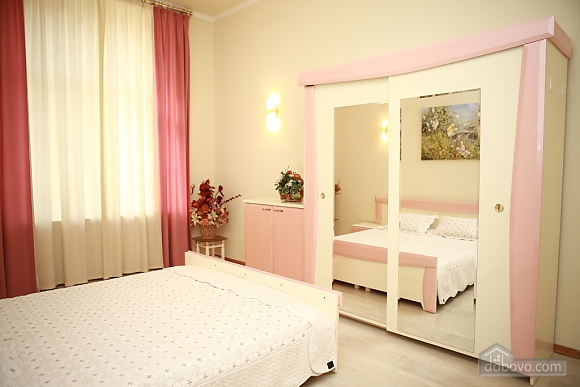Apartment in the city center, Two Bedroom (33003), 007