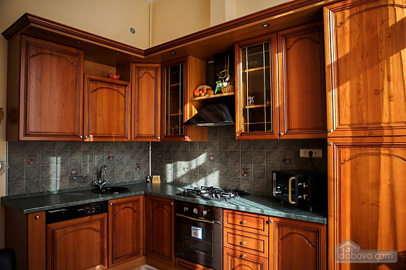 Apartment in the city center, Two Bedroom (33003), 011