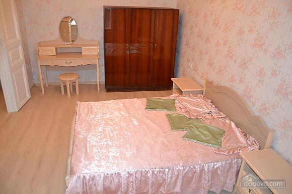Квартира возле Дерибасовской улицы, 2х-комнатная (79385), 004