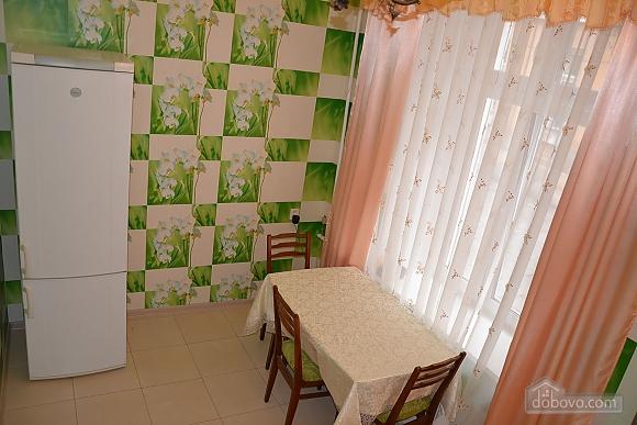 Квартира возле Дерибасовской улицы, 2х-комнатная (79385), 006