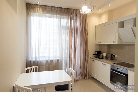 Очень стильная квартира в Аркадии, 2х-комнатная (67545), 003
