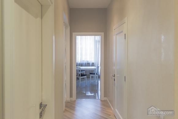 Очень стильная квартира в Аркадии, 2х-комнатная (67545), 005