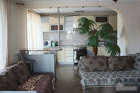 Apartment with luxurious palm, Trois chambres (30920), 001