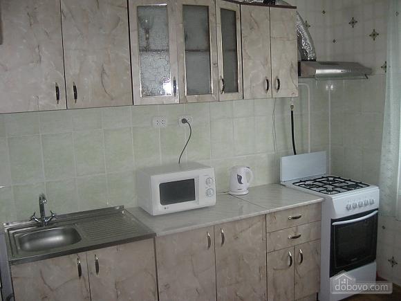 Квартира в центрі міста, 2-кімнатна (38140), 003