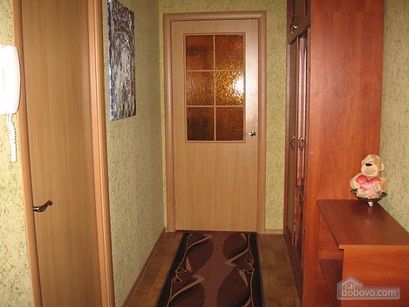 Квартира в центрі міста, 2-кімнатна (38140), 005