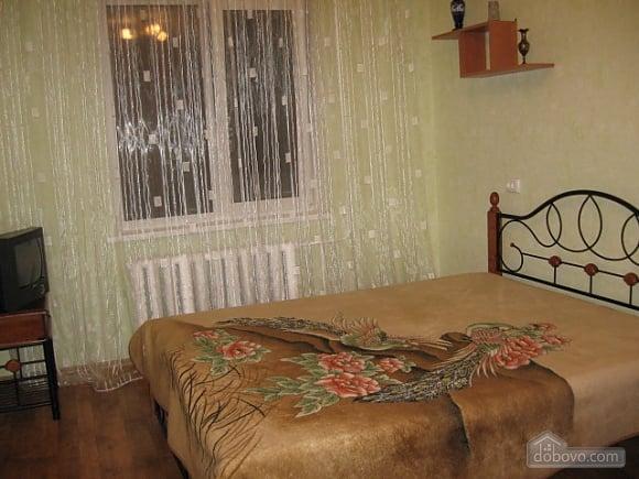 Квартира в центрі міста, 2-кімнатна (38140), 006