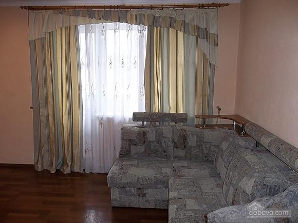 Квартира в приємній кольоровій гамі, 3-кімнатна (71252), 004