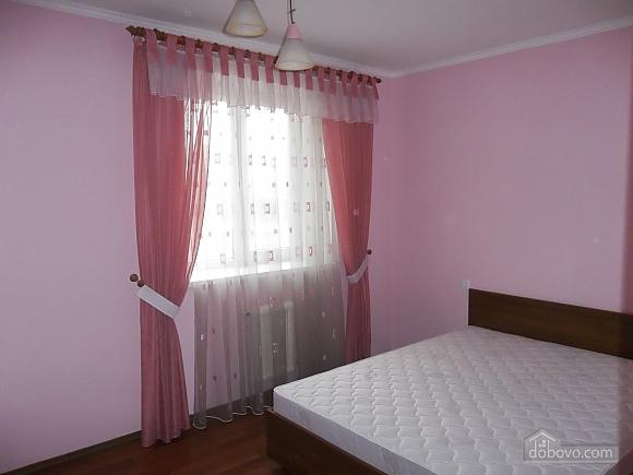 Квартира в приємній кольоровій гамі, 3-кімнатна (71252), 005