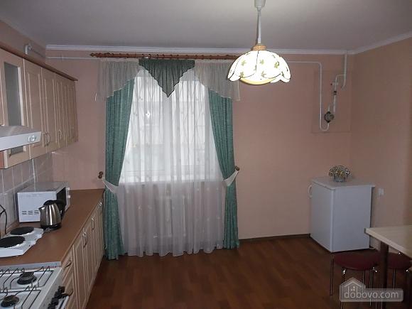 Квартира в приємній кольоровій гамі, 3-кімнатна (71252), 007