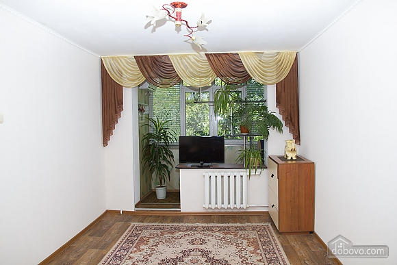 Apartment in the antique style, One Bedroom (60046), 003
