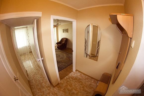 Квартира с большой кроватью, 2х-комнатная (82877), 003