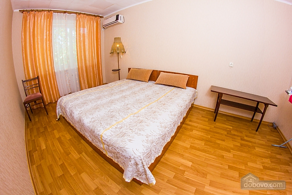 Apartment with a big bed, Zweizimmerwohnung (82877), 002
