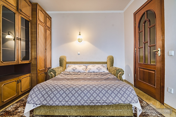Apartment in the best area of Lviv, Due Camere (19288), 003