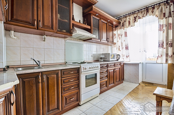 Apartment in the best area of Lviv, Due Camere (19288), 008