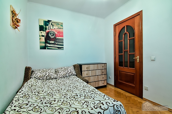 Apartment in the best area of Lviv, Due Camere (19288), 007