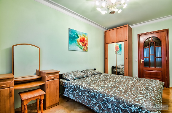 Apartment in the best area of Lviv, Due Camere (19288), 002