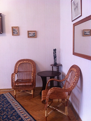 Apartment with wicker chairs, Studio, 002